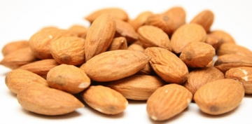nut: almond, raw-1